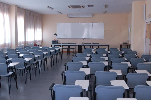 Instalaciones Residencia de Estudiantes Ramon Pignatelli Aula