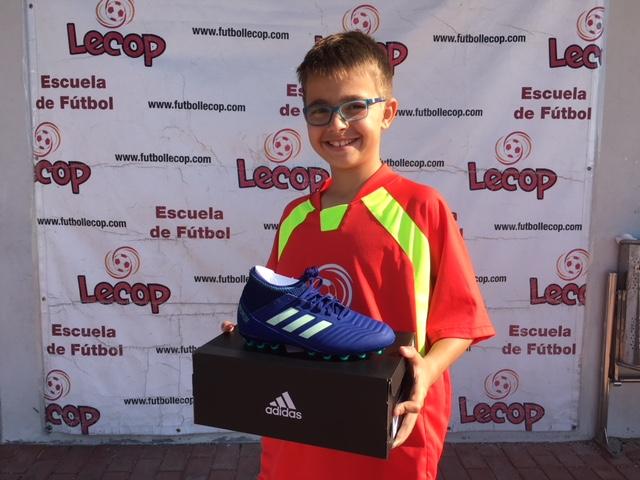 izan_alumno_lecop_ganador_sorteo_adidas
