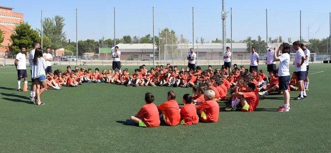 marta_cardona_hablando_a_nuestros_alumnos_lecop