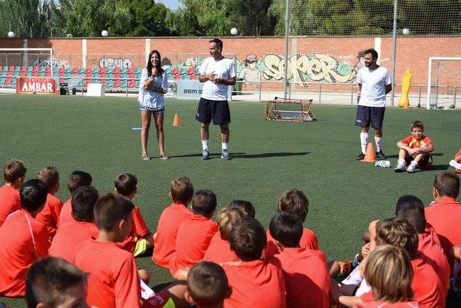 marta_cardona_riendose_de_las_ocurrencias_de_nuestros_alumnos