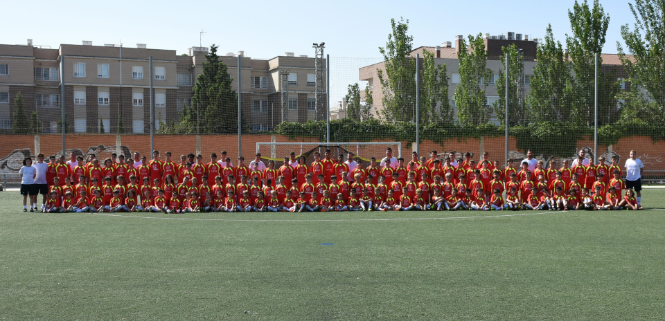 foto_general_semana_3_campus_futbol_zaragoza_lecop