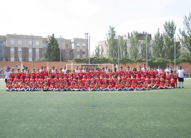 foto_grupo_campus_futbol_zaragoza_lecop_semana_1