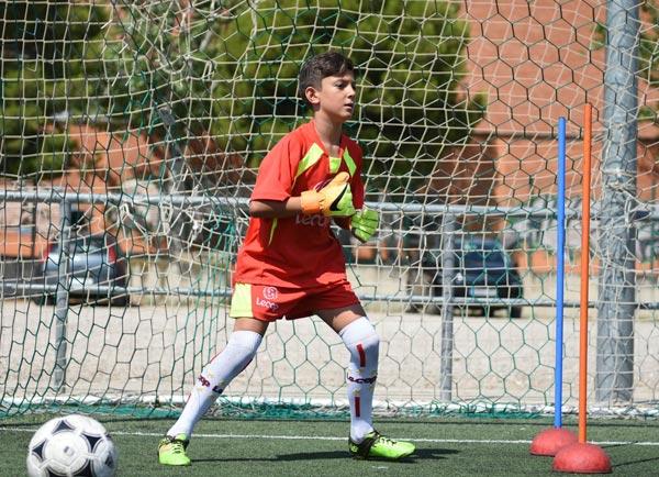 alumno_futbol_lecop_portero_preparado