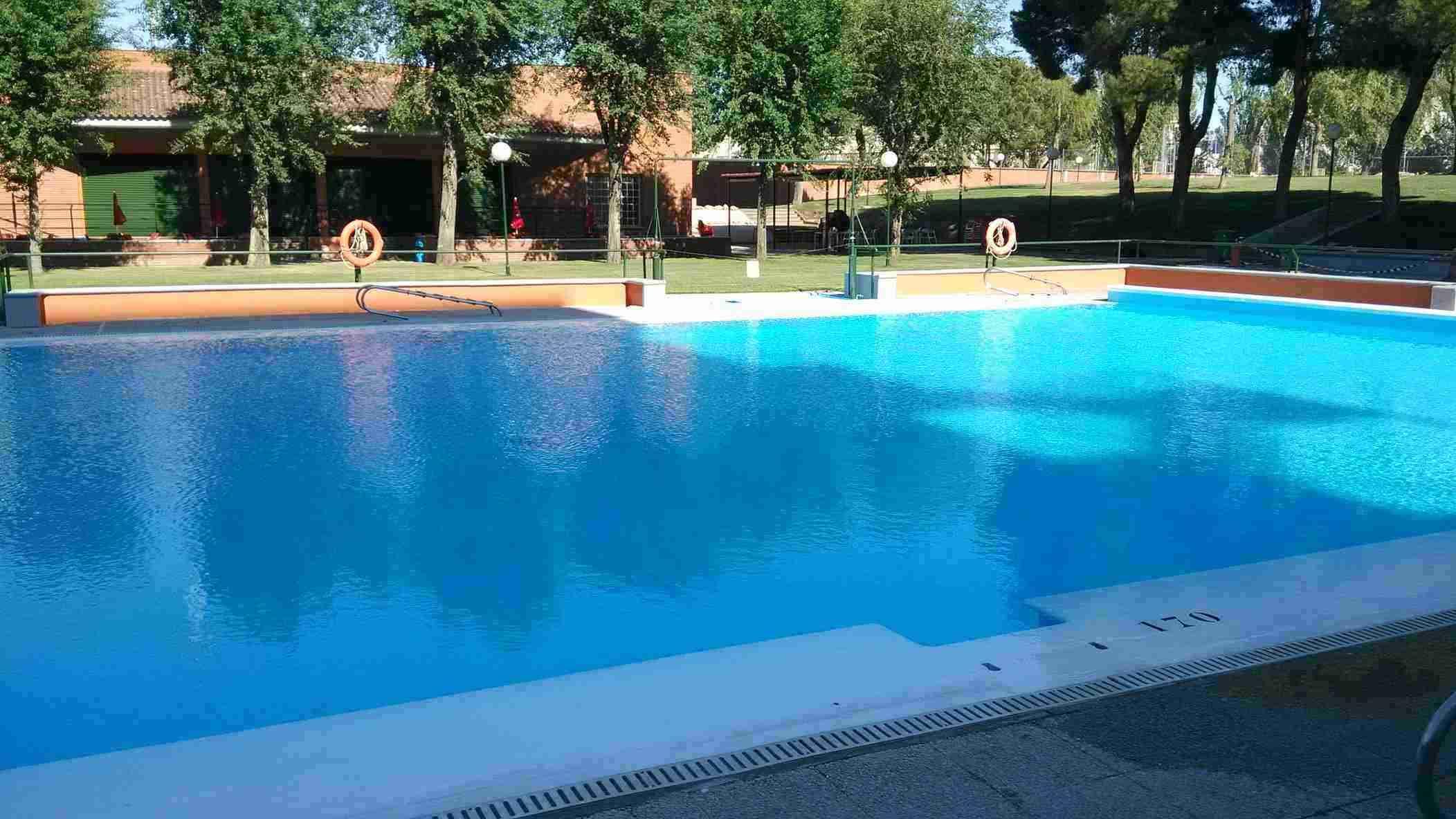 piscina_grande_residencia_pignatelli