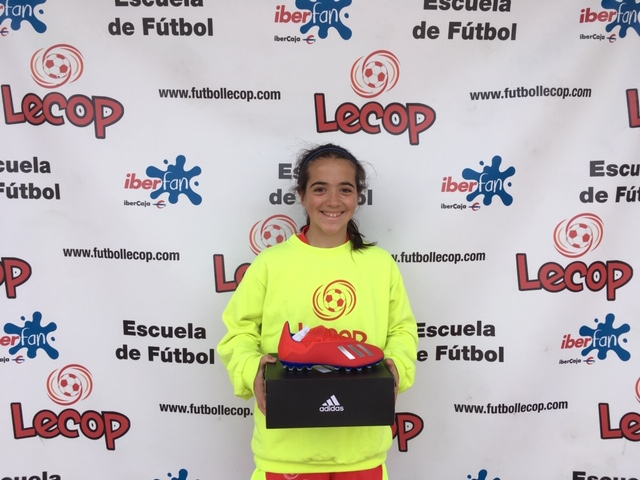 alumna_lecop_lidia_ganador_sorteo_adidas