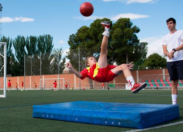 alumno_campus_lecop_futbol_chilena