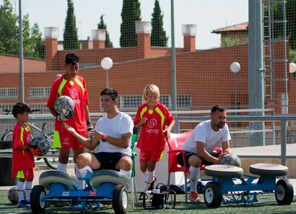monitores_campus_futbol_lecop_lanzabalones