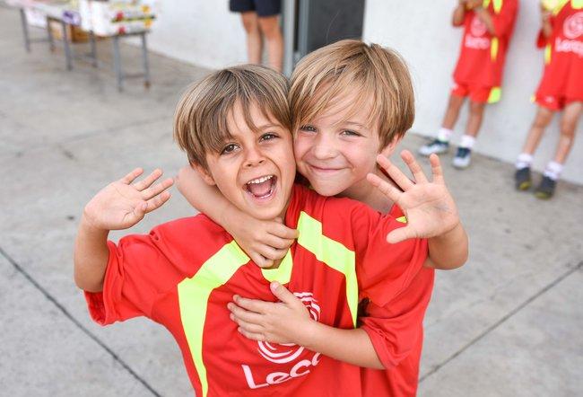 alumnos_escuela_de_futbol_en_zaragoza_felices